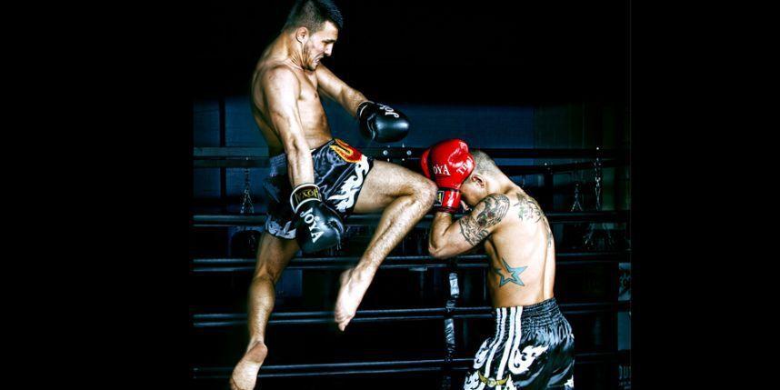 Le MMA, un mix d'arts martiaux, est interdit en France.