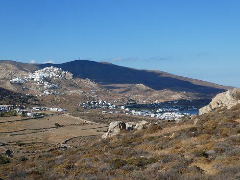SERIFOS  baie de Livadi, la Hora, monastere des taxiarches ( 2 ) , vallee du nord ( Galani ) (2 ), ballade en dessous de Hora ( 2 ), baie de Koutalas