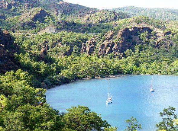 golfe de Bozburum; Bozburum (2), sortie de la baie , baies aux rochers rouges , la côte