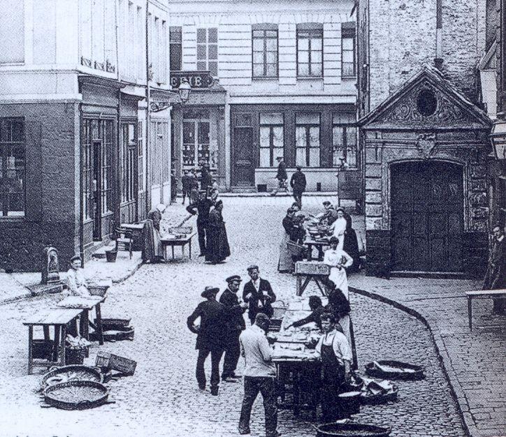 Un marché aux poissons se tenait fin 19ème siècle à Béthune
