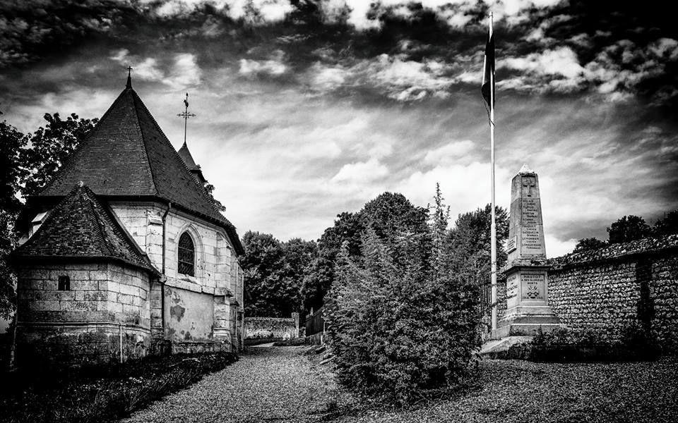 Les poilus du monument aux morts de Hautot sur Seine