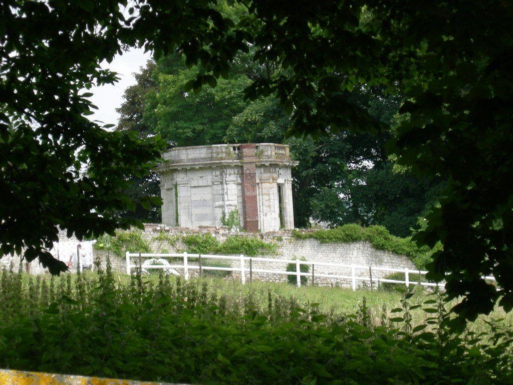 Le Kiosque du parc du château d'Hautot sur Seine