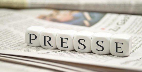 """Revue de presse """"Le patron du PS soutient Hamon"""""""