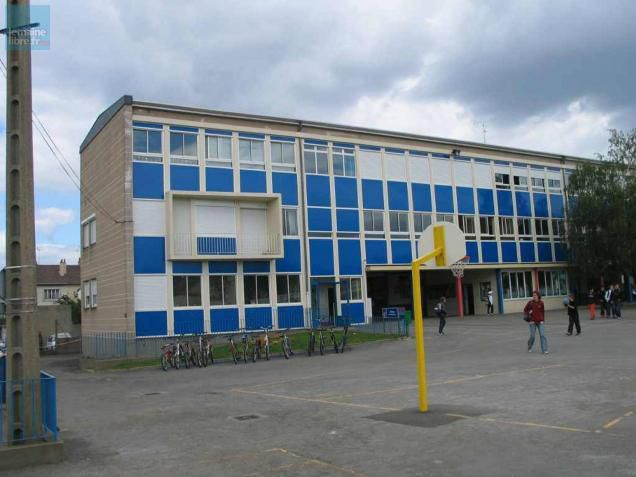 Fermeture du Collège Le Ronceray les raisons de mon abstention