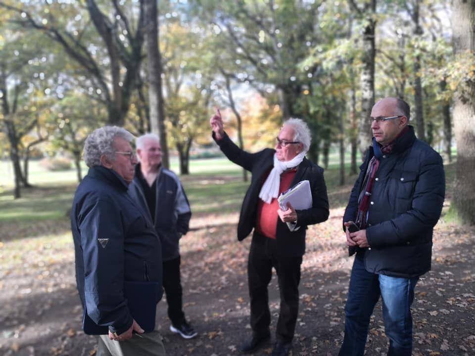 Visite de terrain aux Bruyères avec l'Amicale des locataires (9 novembre)