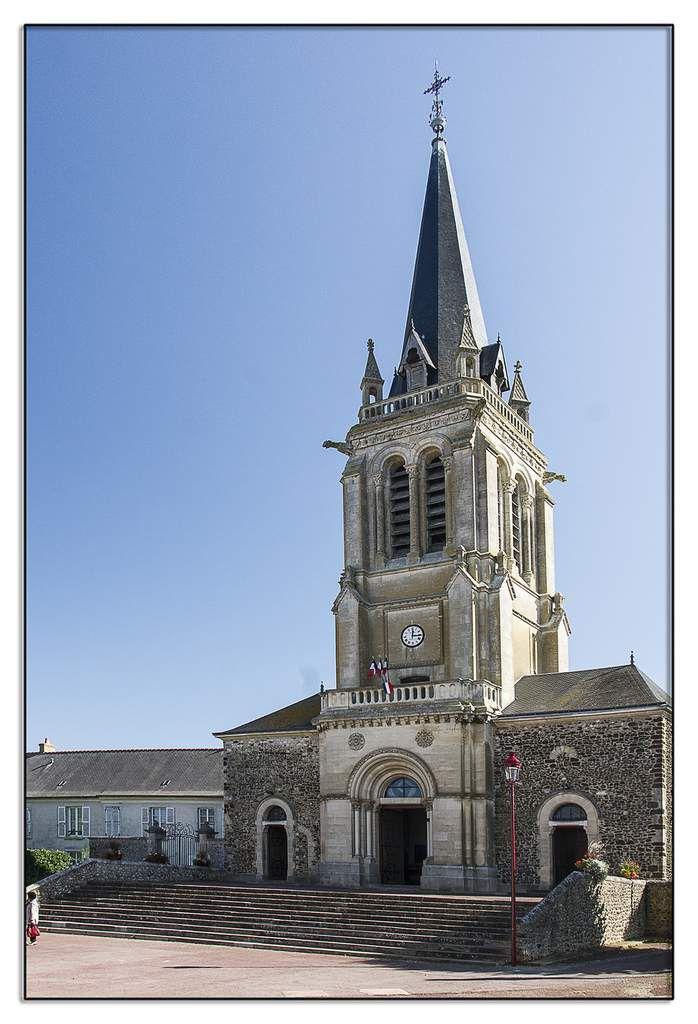 L'église Saint-Sulpice, des XIè et XIXè siècles.