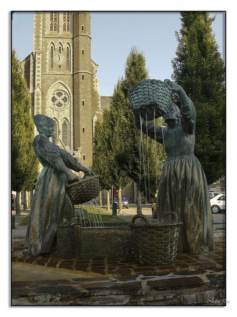 Sculpture, les laveuses d'huîtres Cancale.
