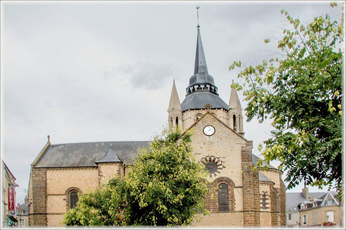 Eglise Notre-Dame de l'Assomption Fresnay-sur-Sarthe