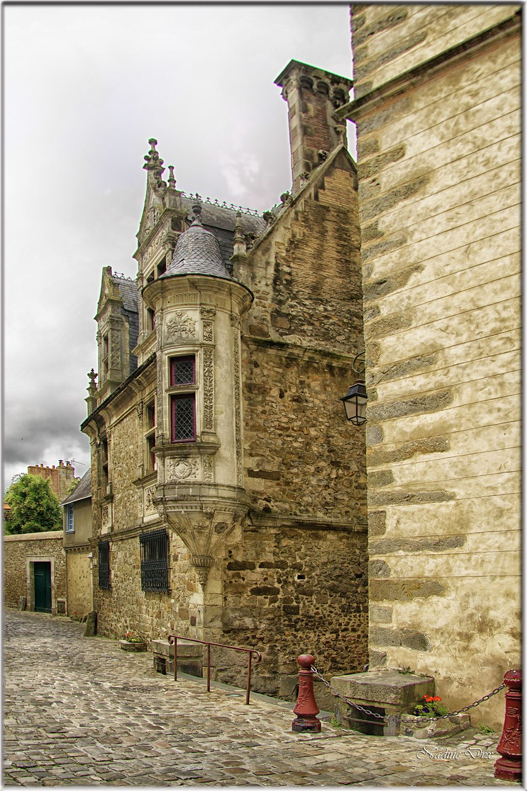 Maison canoniale de Saint-Paul, dite à la Tourelle, ou Hôtel des Morets - Le Mans
