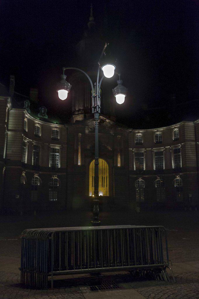 Rennes déambulations - Place de la Mairie
