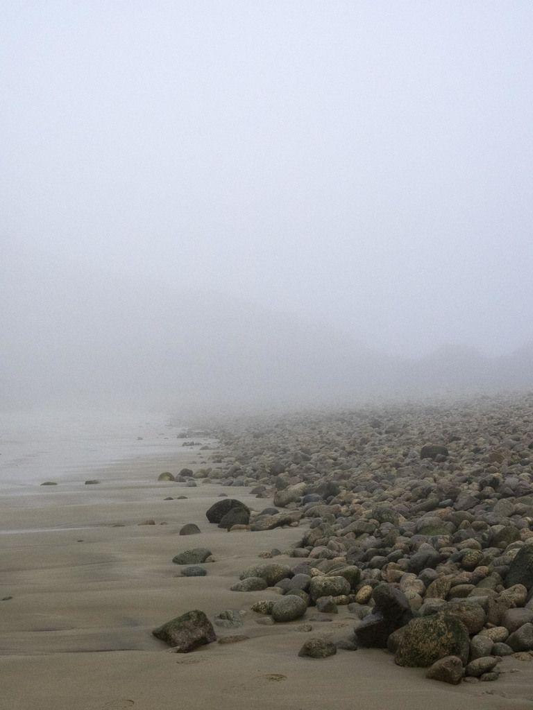 Brume sur Gwin Zégal et les falaises de Plouha