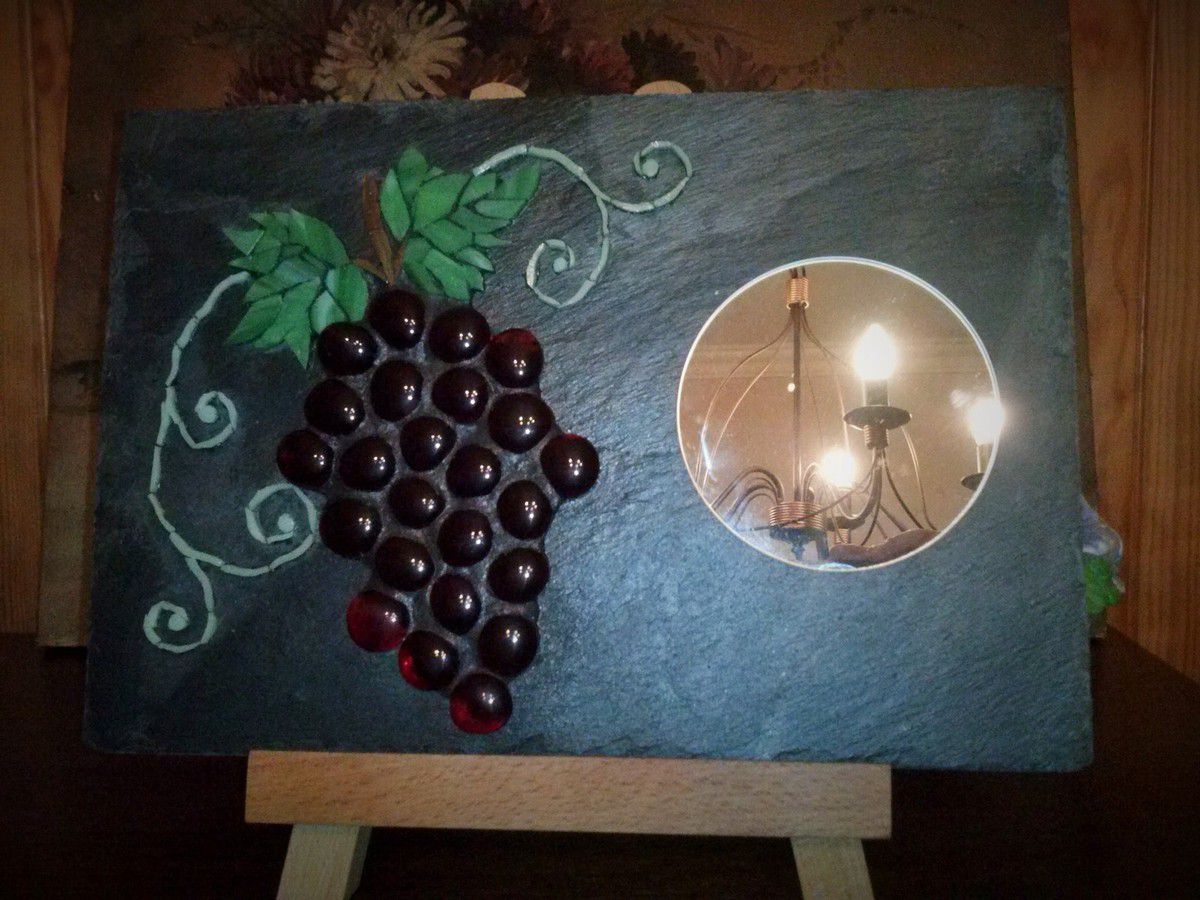 Comment Coller De L Ardoise grappe de raisins sur ardoise - le grimoire de manou