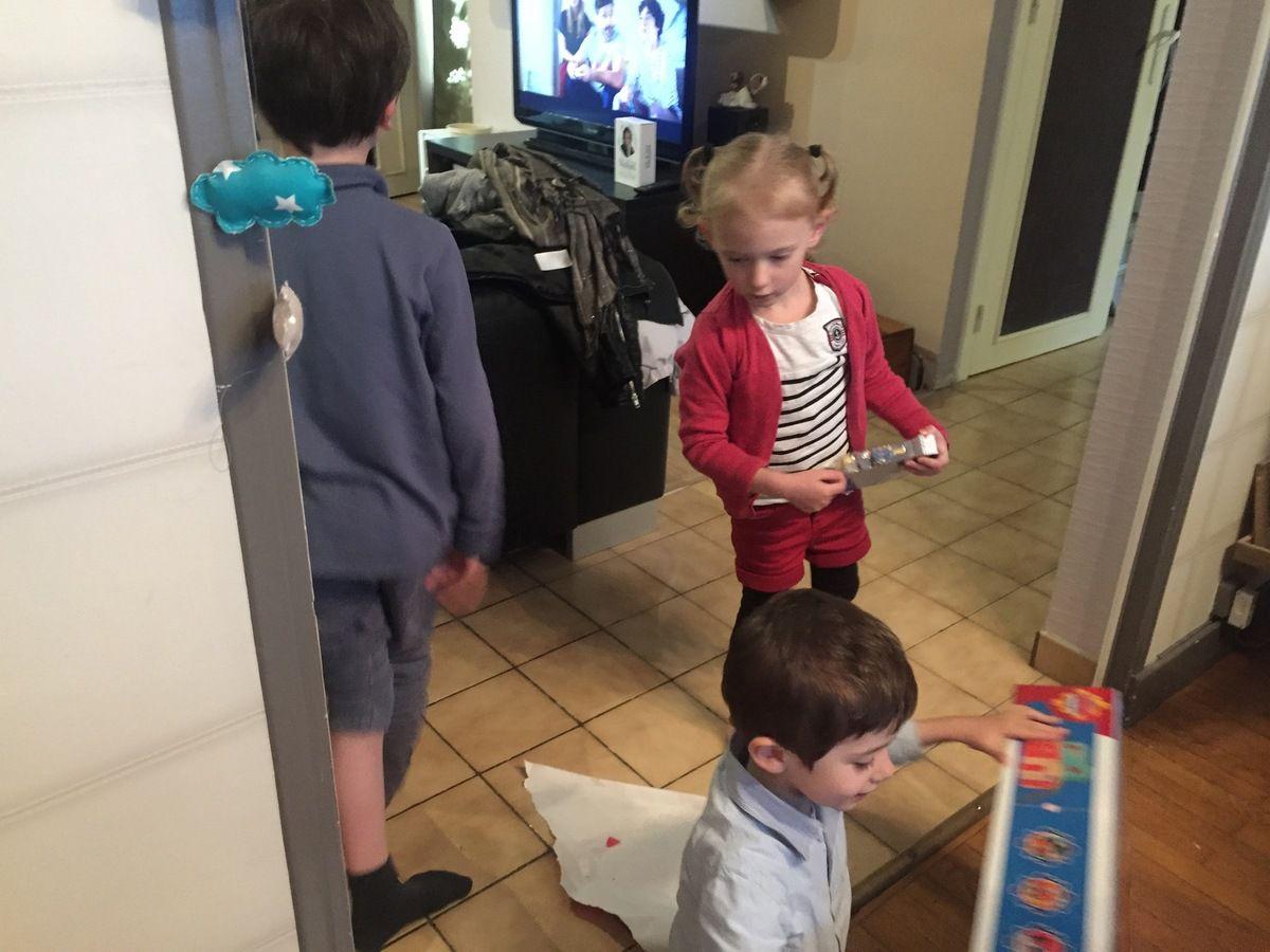c'est cool d'avoir une cousine du même âge et un grand frère attentionné