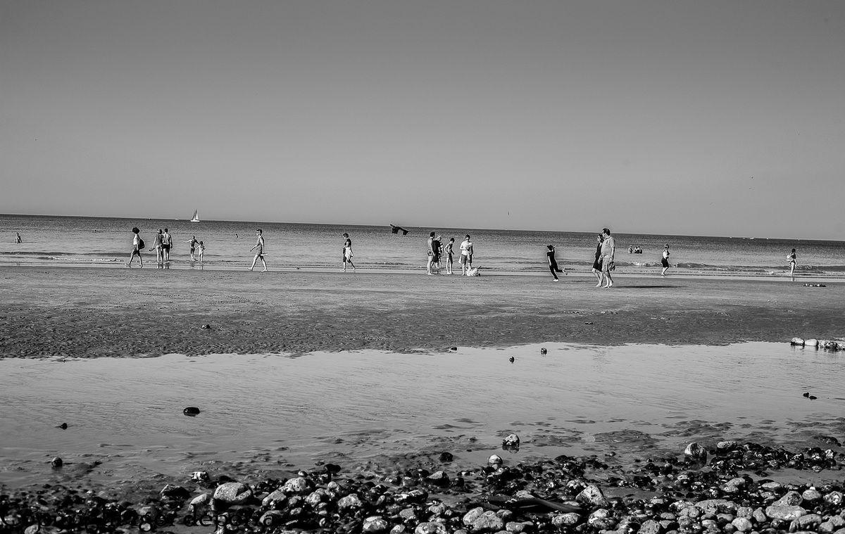 A chacun sa plage par ce temps d'été indien.