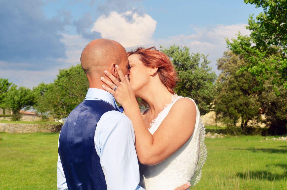 Mariage champêtre au Mas de Baumes
