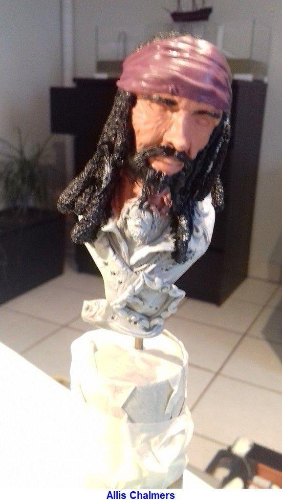 BUSTE de PIRATE - sculpté par JEAN - CLAUDE BESENYEI -