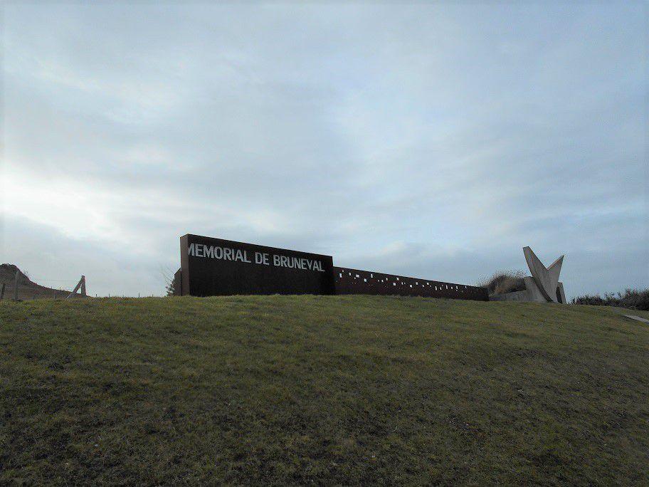 MEMORIAL de BRUNEVAL