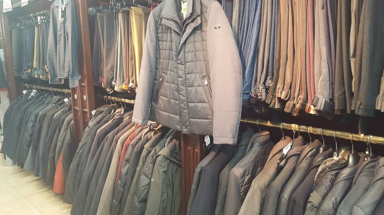Parkas - Survestes - Pulls - Pantalons ville, coton, jean's - Chemises hiver, col officier, mao......