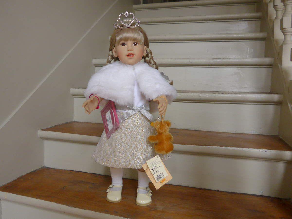 "Poupée Götz : poupée de collection ""a ballroom dream"" - 2007"