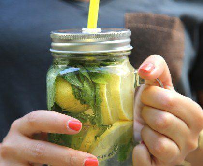 Les recettes des régions : Detox water au citron