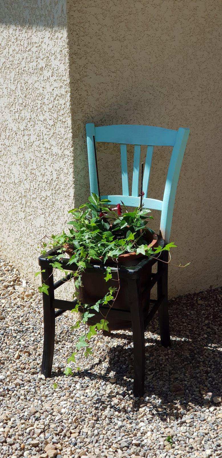 DIY : Do it Yourself : Recyclage d'une chaise en bois