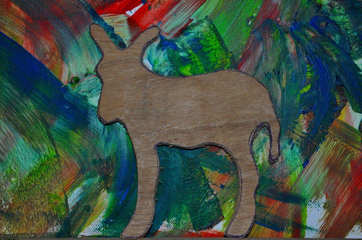 L'âne catalan du menuisier ébéniste de Montner, le patron est disponible.