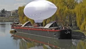 Hydroplane et Axolot - Transport Culturel Fluvial