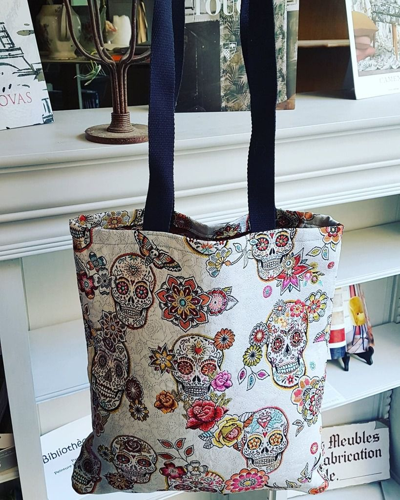 """Découvrez les TOTE BAGS  """"Henri Créations"""" fait main à Nice,  en exclusivité dans ma boutique"""