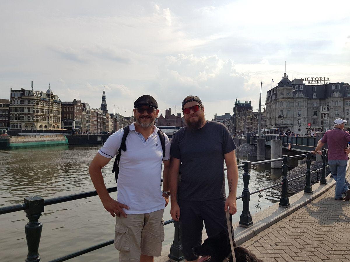 Voyage vers la Finlande. Amsterdam