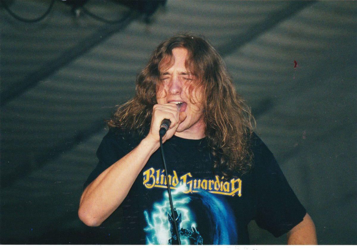 Le groupe CRYSTAL TEARS à la fête de la musique à Algrange en 2000