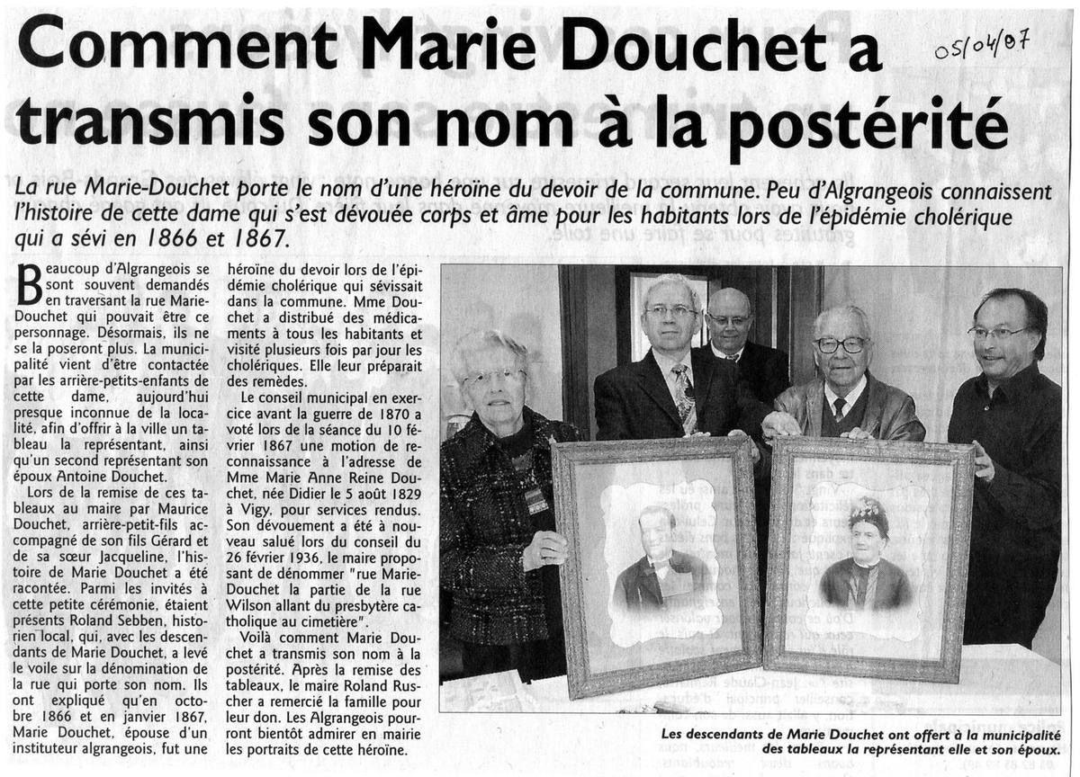 Les descendants de Marie Douchet à la mairie d'Algrange en 2007