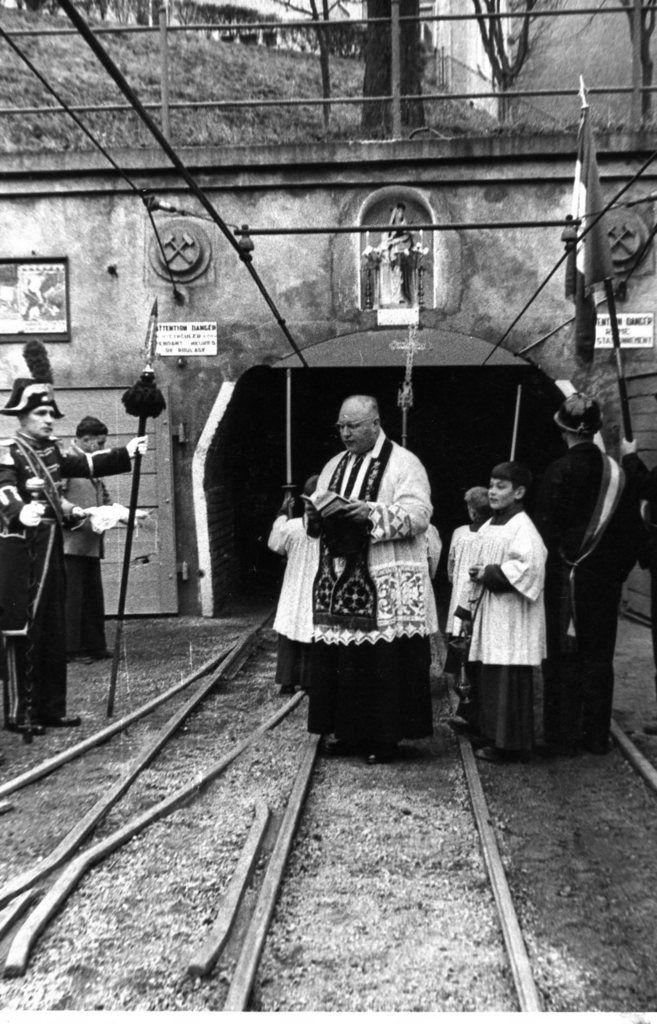 Fêtes de Sainte Barbe sur le carreau de la mine à Algrange de 1953 à 1958