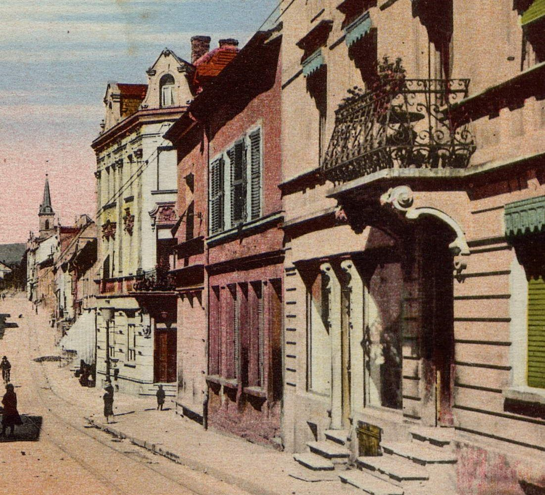 N° 116 rue Clemenceau à Algrange - Coiffeur - Marchands de cycles - Entreprise chauffage-sanitaire - Fleuriste - Banque
