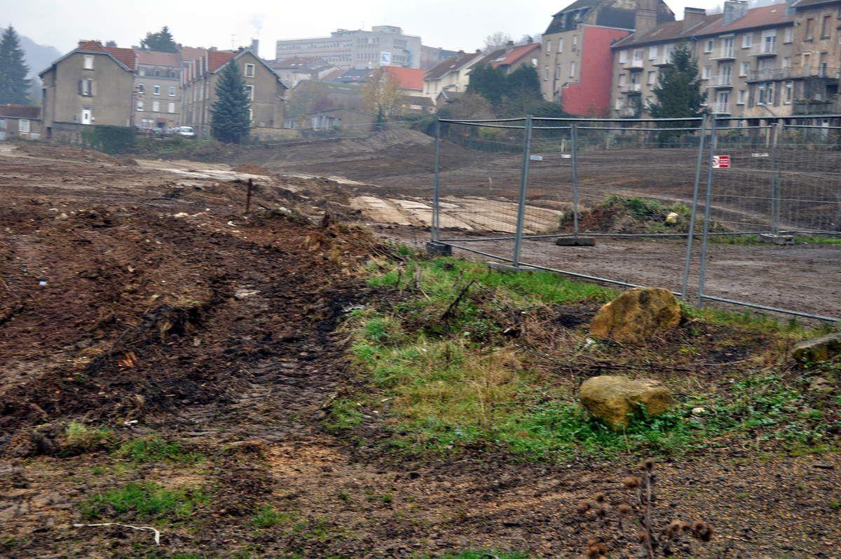 Construction d'un parc communautaire à Algrange et d'une salle multi-activité (2012)