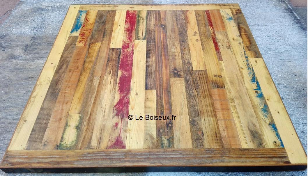 Pour votre cuisine ou salle de restauration, Le Boiseux porpose des plateaux de tables au design contemporain, offrant consistance et confiance