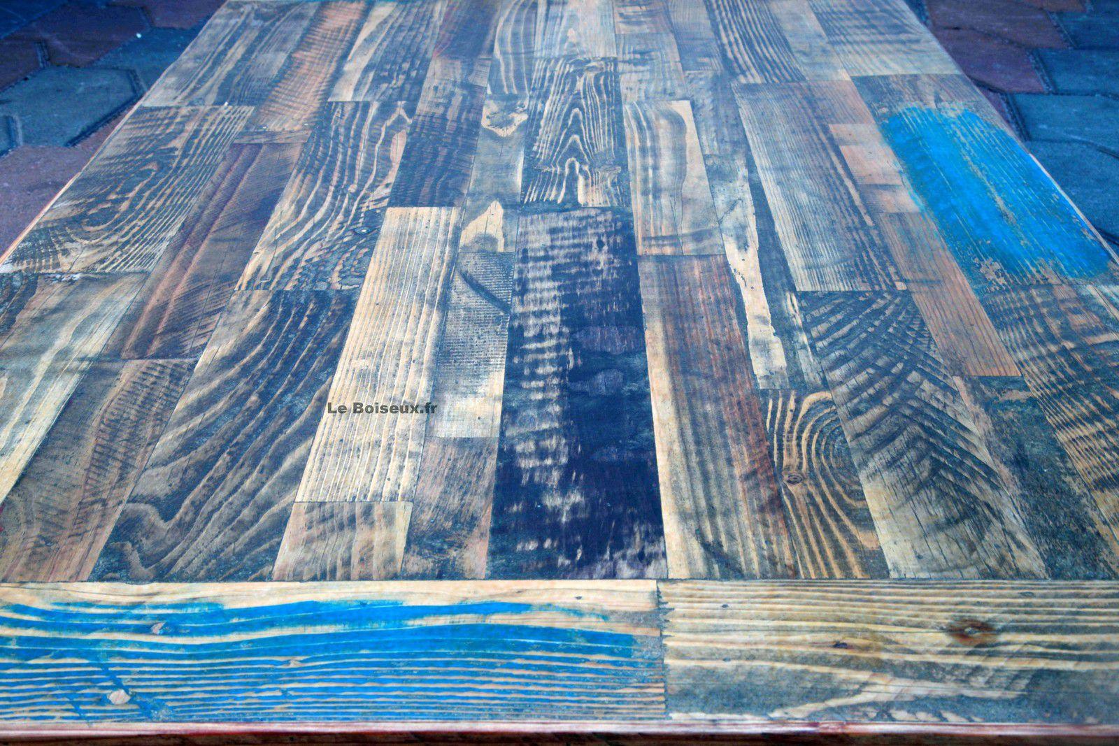 La finition de vos futurs dessus de tables, quels que soient leur nombre et la diversité des essences de bois employées, permettra, certes, de les personnaliser mais aussi d'uniformiser leur aspect général