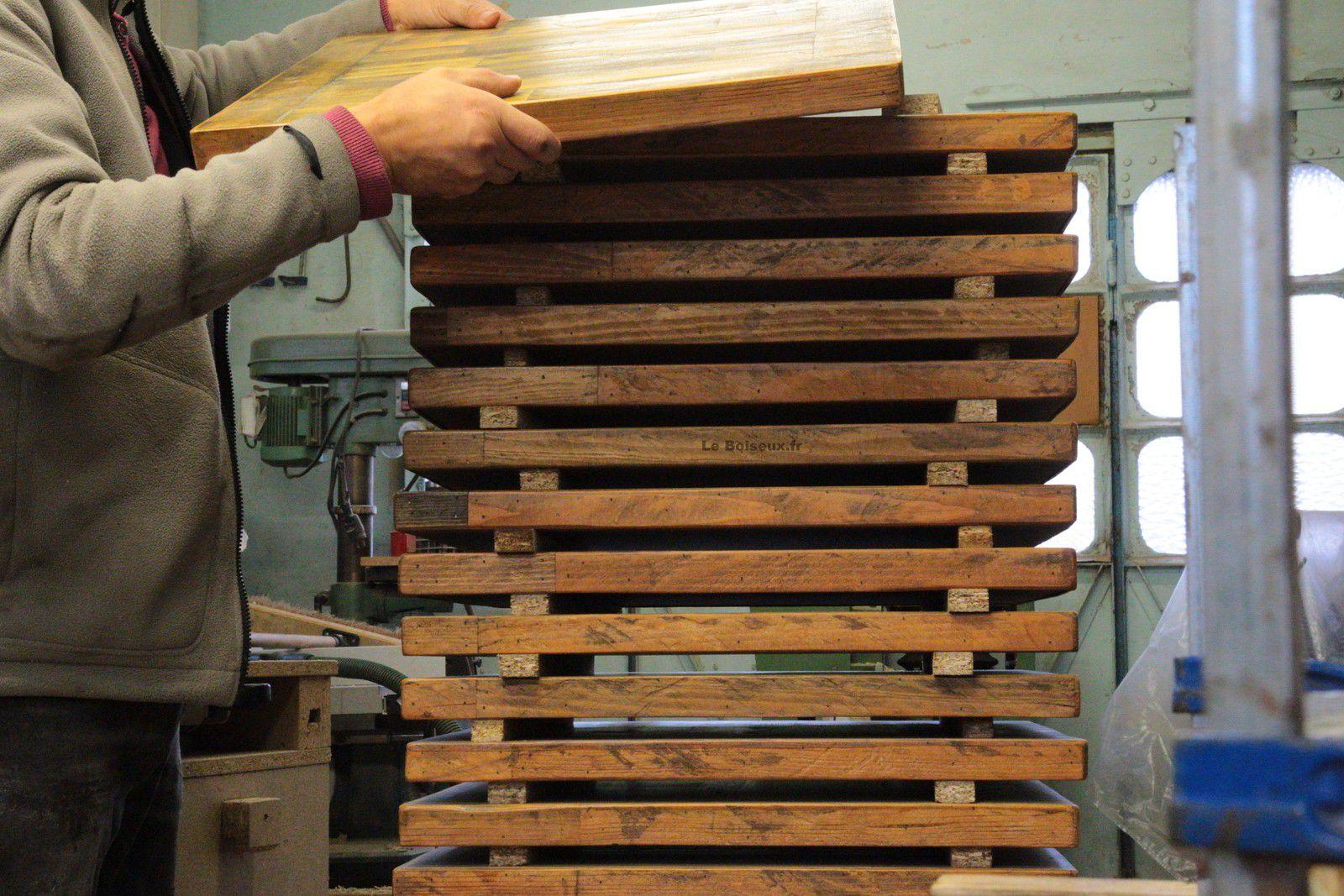 Plateaux aux formats, dimensions et teintes divers, issus de commandes réalisées de 2009 à 2020, ici, exposés pour vous inspirer à l'occasion de votre projet de tables ou de bureaux.