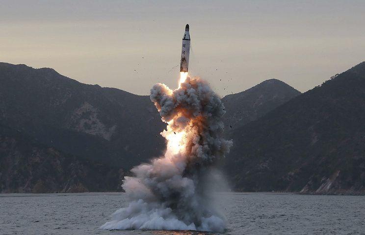 Tir d'un missile à partir d'un sous-marin par la RPDC le 23 avril 2016