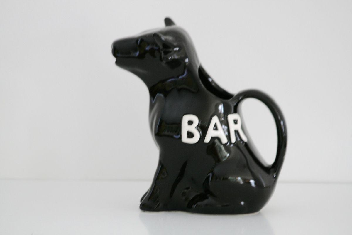 Pichet en faience noire en forme de vache Bar Années 60 - Vintage
