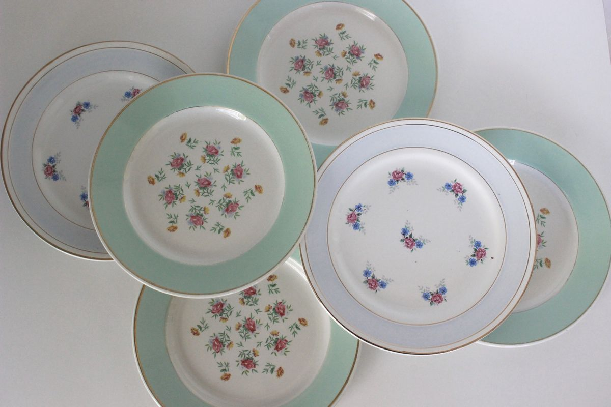 Lot de 6 assiettes à dessert décor petites fleurs  Années 60 - Vintage