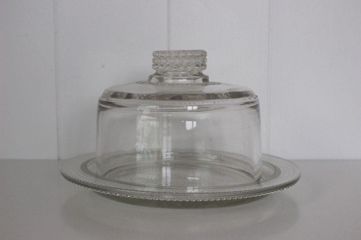 Petite cloche en verre moulé Vintage