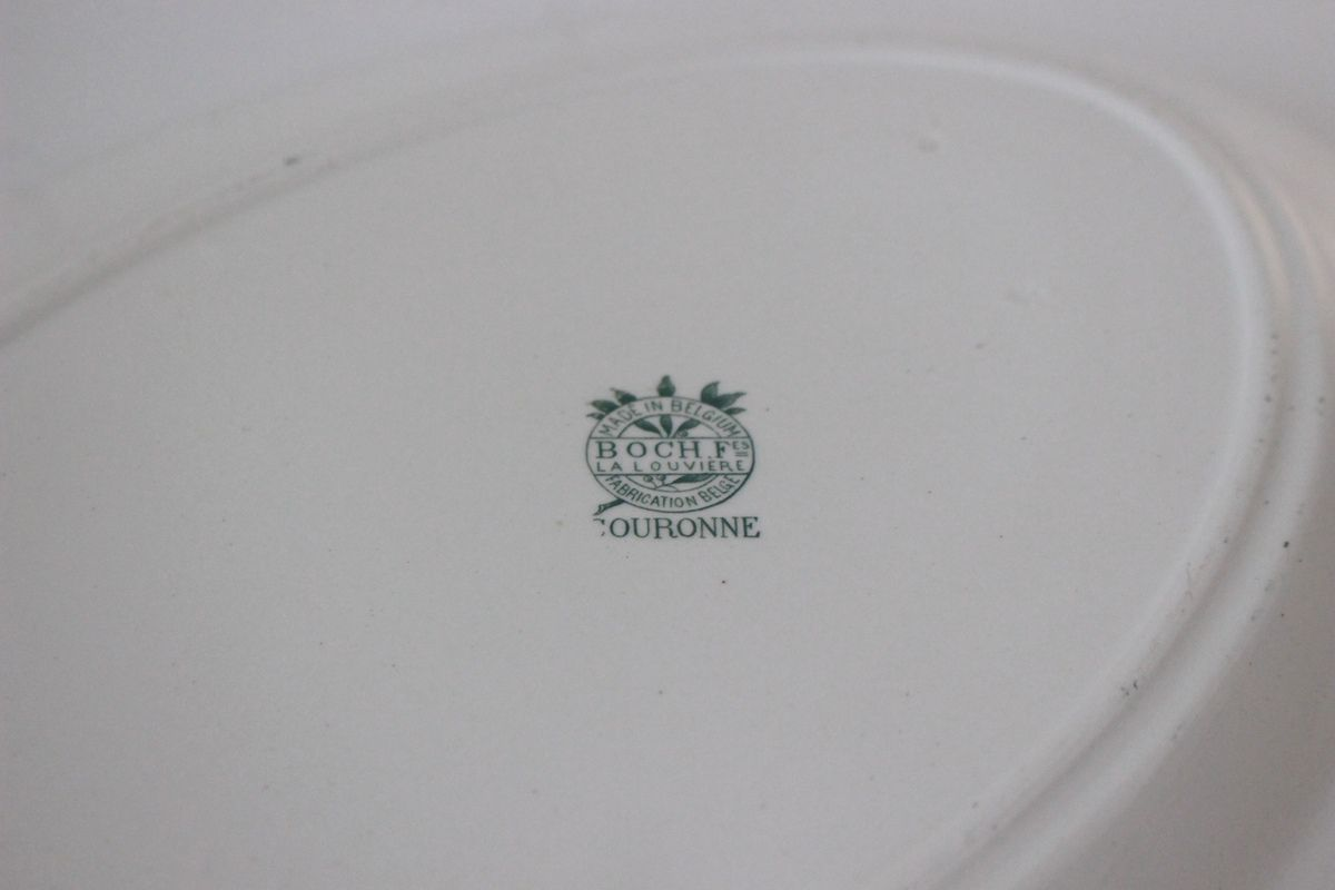 Plat ovale Boch La louvière Couronne Made in Belgium