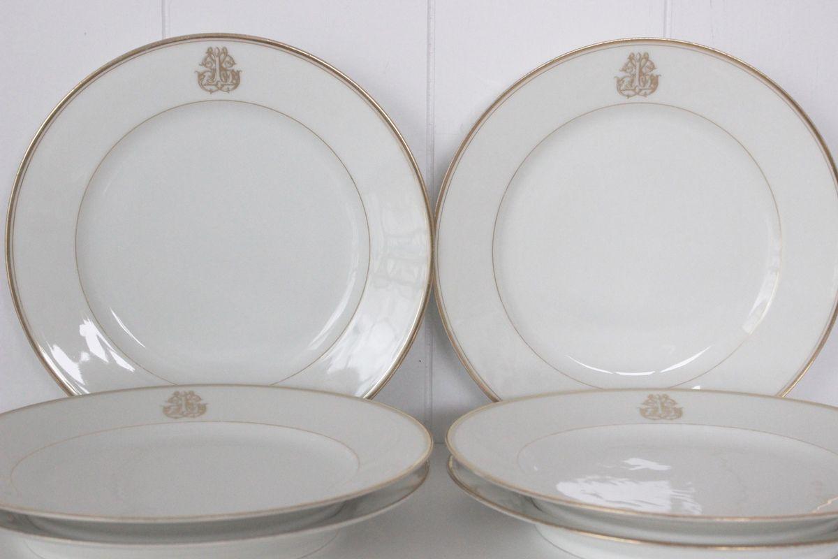 Lot d'assiettes anciennes plates en porcelaine monogramme doré Colin rue de Rivoli Paris