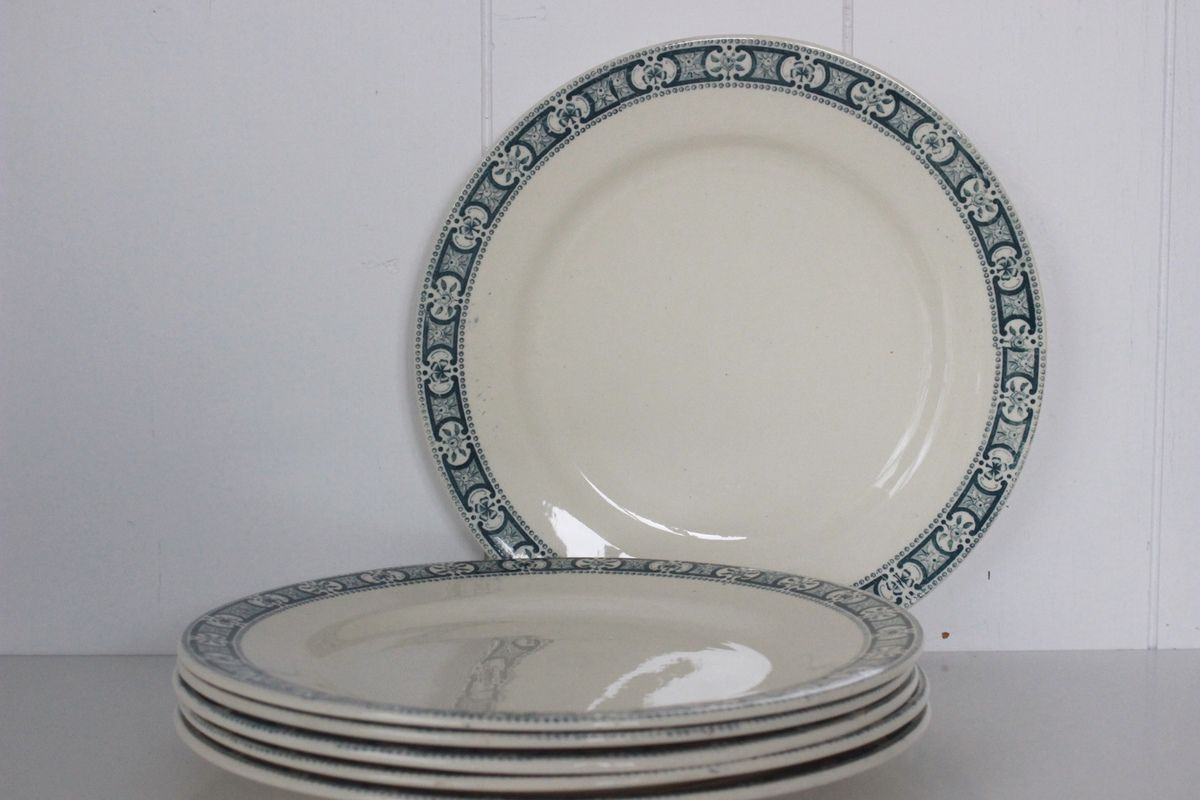 Assiettes plates Sully Terre de Fer Salins