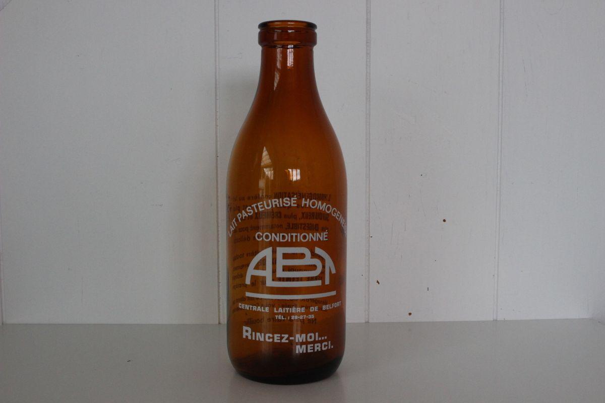 Bouteille de lait  ABT Centrale laitière de Belfort Années 70 - Vintage
