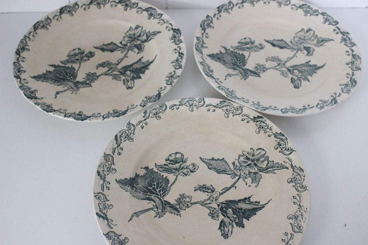 Lot de 3 assiettes Richelieu St Amand