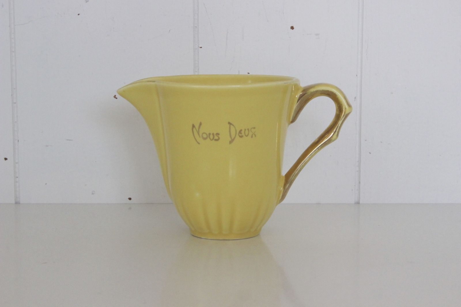 Pot à lait jaune Nous Deux salins Vintage