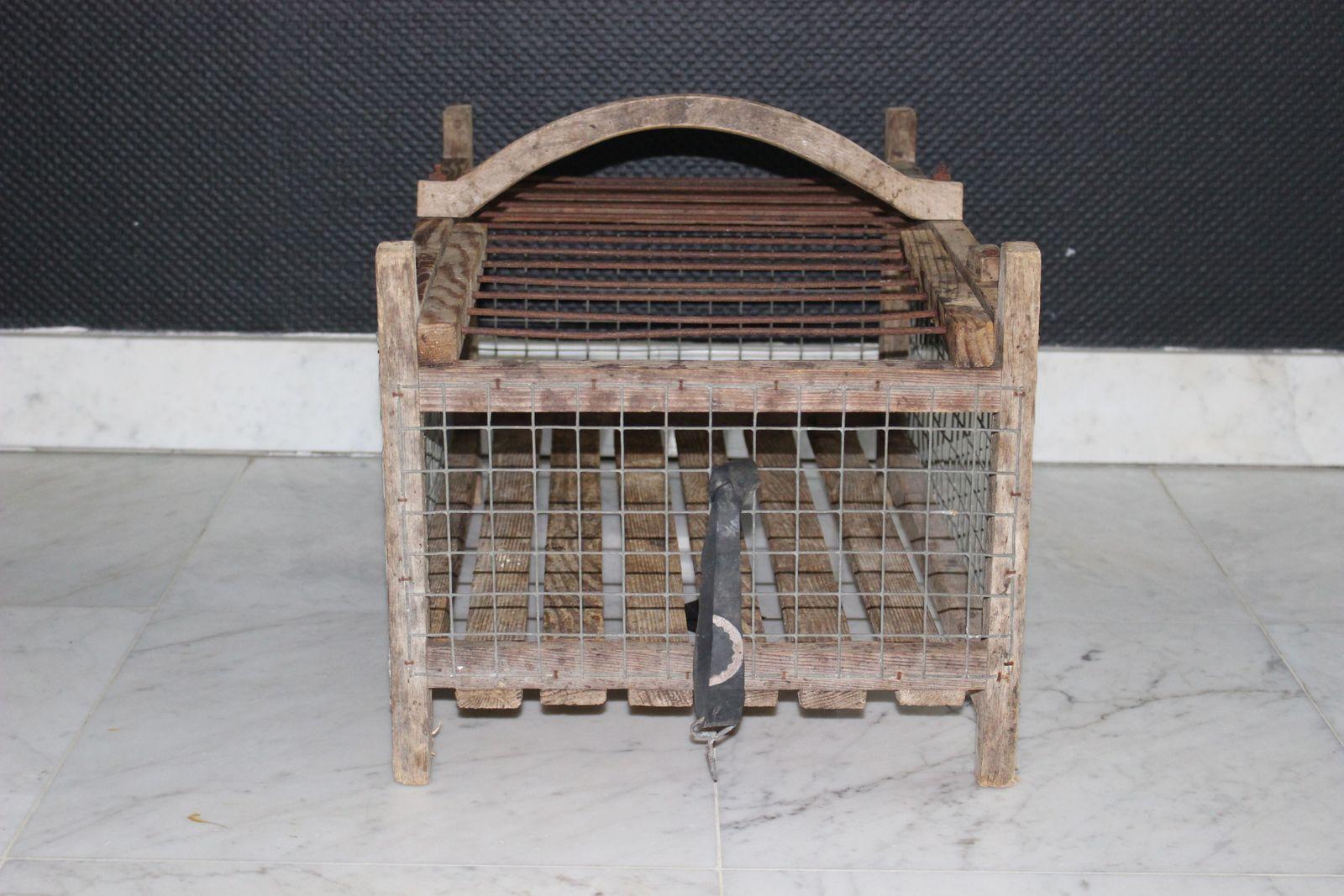 Cage à poule ancienne en bois Vintage