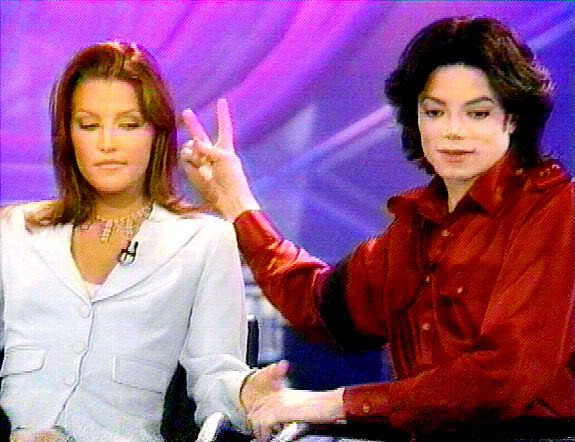 Les impostures de Michael Jackson et Lisa-Marie Presley.