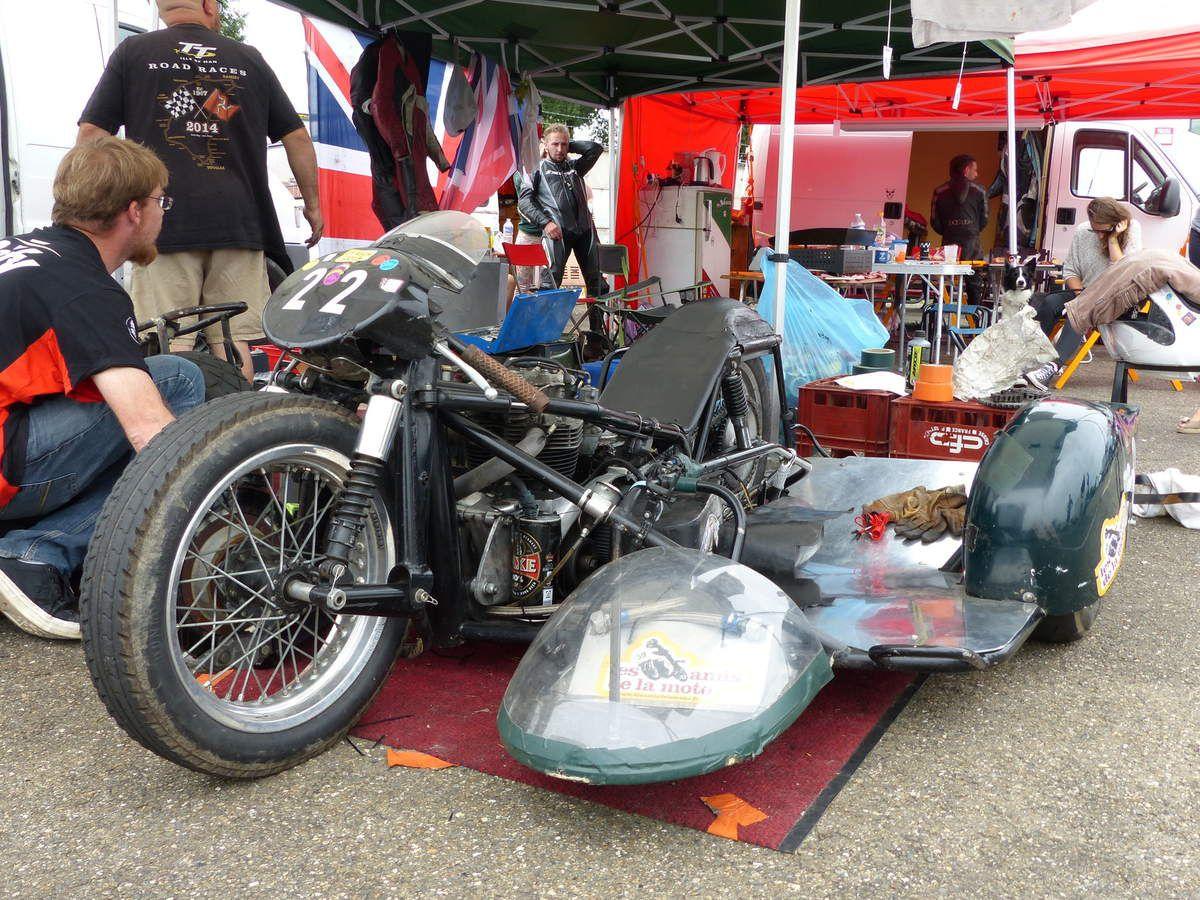 Side car classic à Nogaro